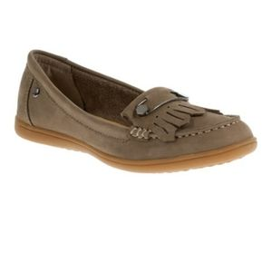 Hush Puppies Comfort Shoes Taupe Loafers Suede Flats 8 Comfy Fall Winter Career